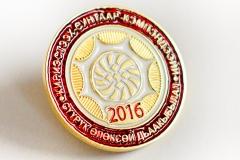 изготовление значков с логотипом