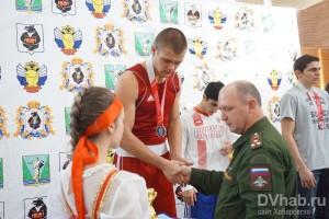 награждение медали